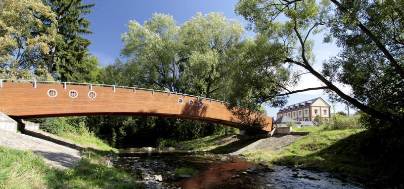 Most přes řeku Bystřici na cestě do parku, autor: Zdeněk Polách